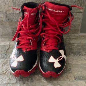 Kids Under Armour football cleats